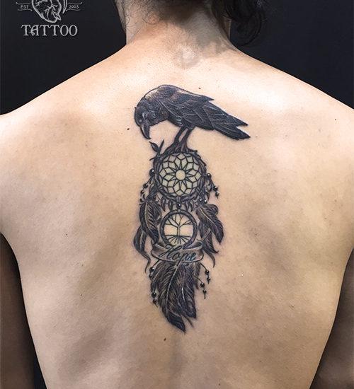 カラス ドリームキャッチャー タトゥー