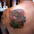 ティキ ハワイ ヤシの木 タトゥー