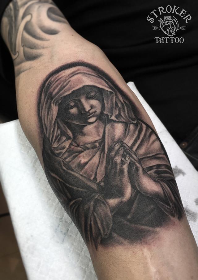 マリア、バージンマリーのタトゥー