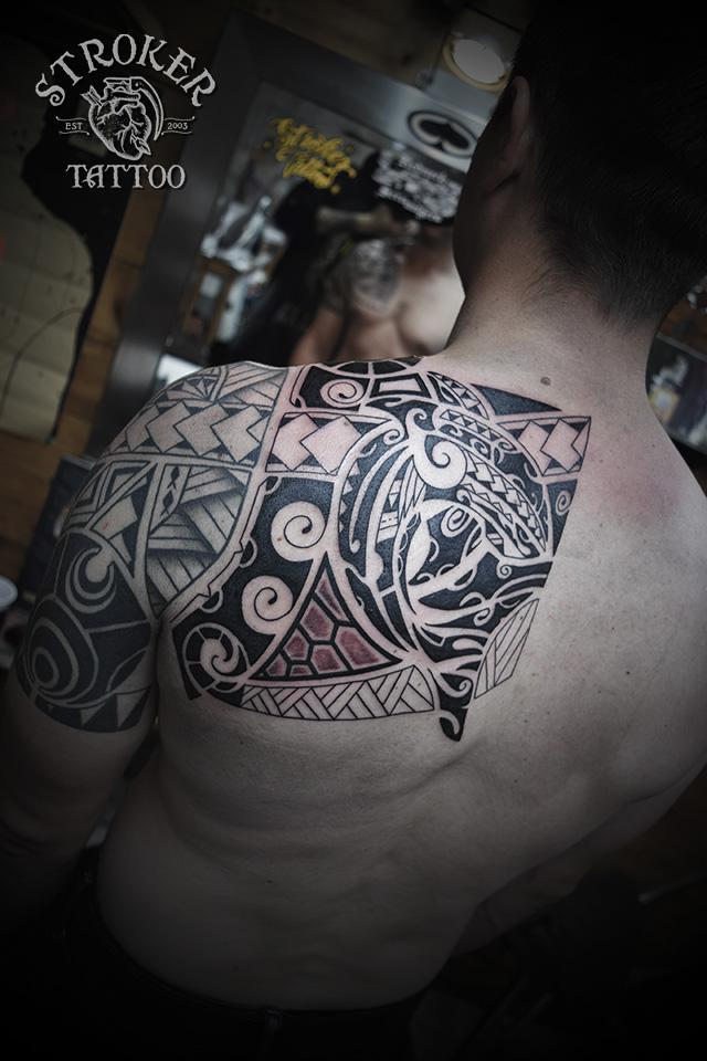 ポリネシアン タトゥー トライバル