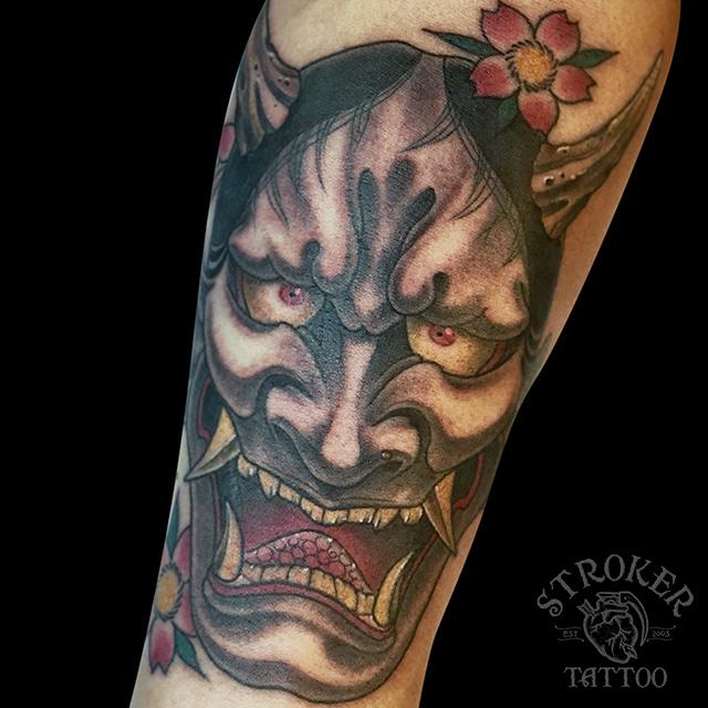 般若タトゥー、般若面刺青、肘下