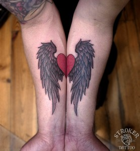chi1609-wing-heart