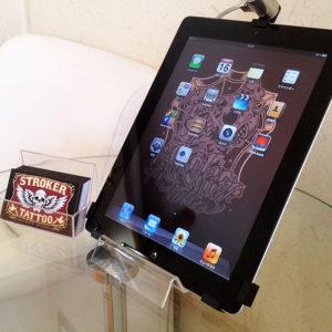 iPadでもタトゥー作品をご覧いただけます