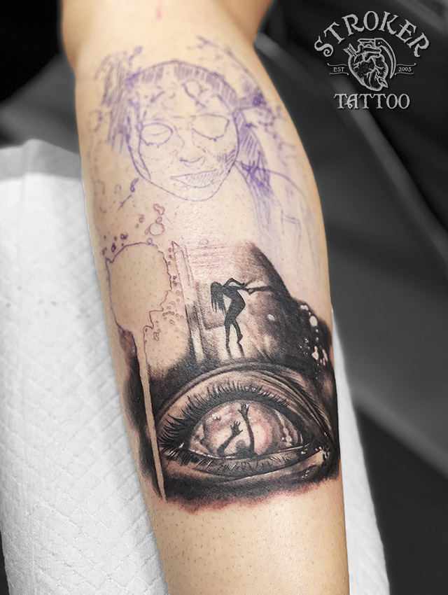 ホラー リアル サイコ タトゥー 目 眼