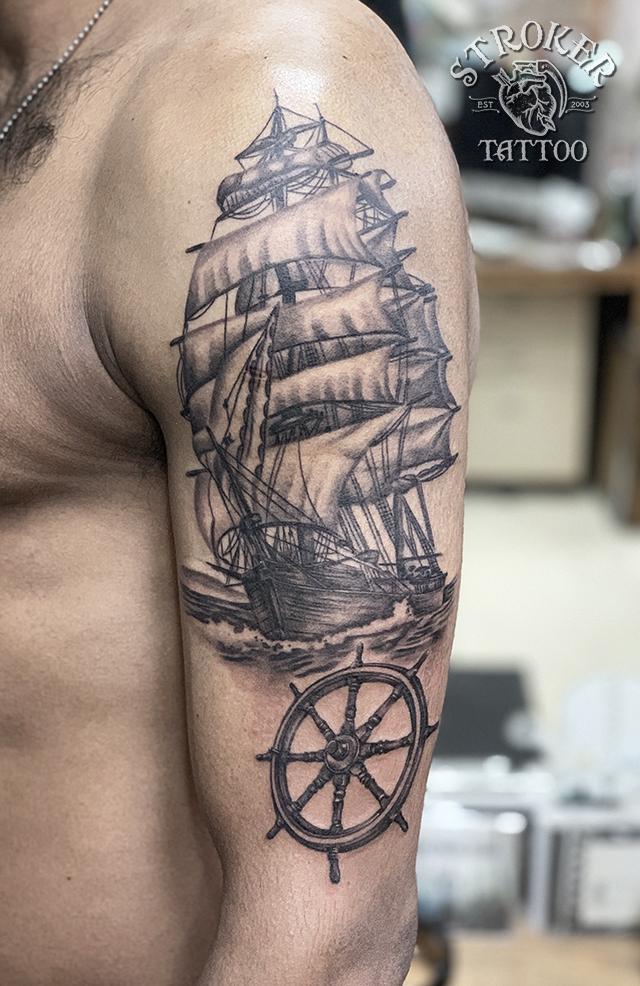 帆船 舵 船 リアル タトゥー