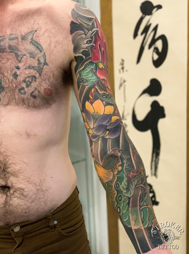 般若のタトゥー、和彫り蛇、蓮