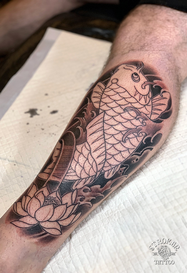 鯉、和彫り、ふくらはぎ筋彫り