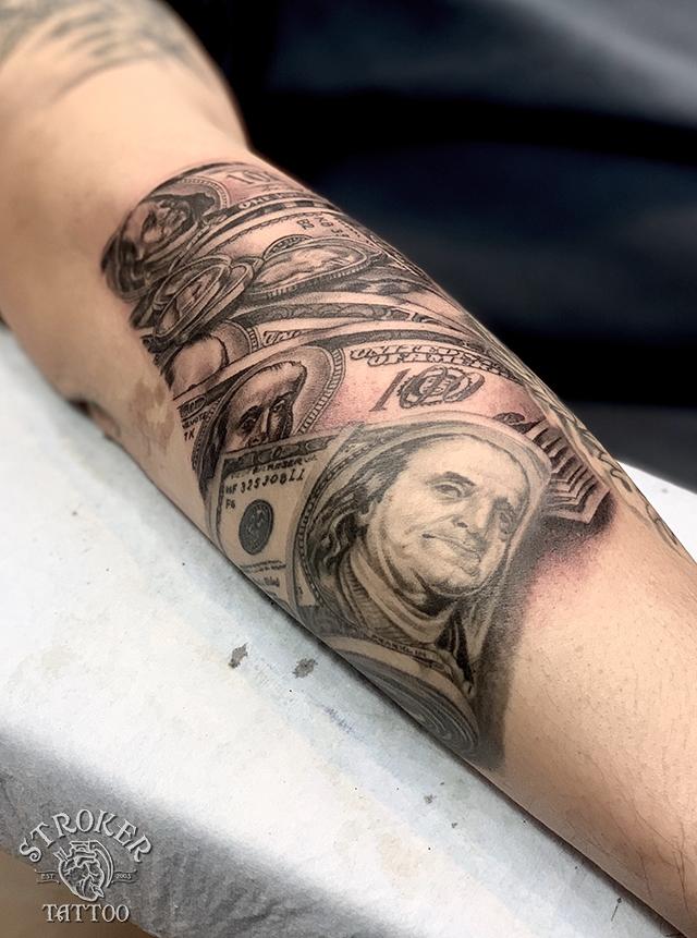 タトゥー施術直後からの変化、ドル札2