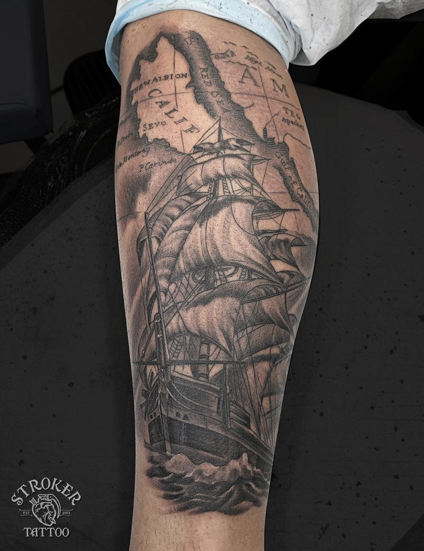 帆船のタトゥー、ふくらはぎ2