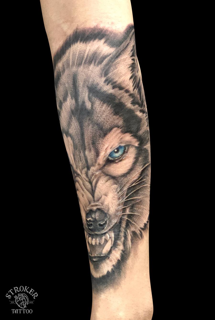 狼のタトゥー1